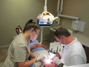 Dental assitant